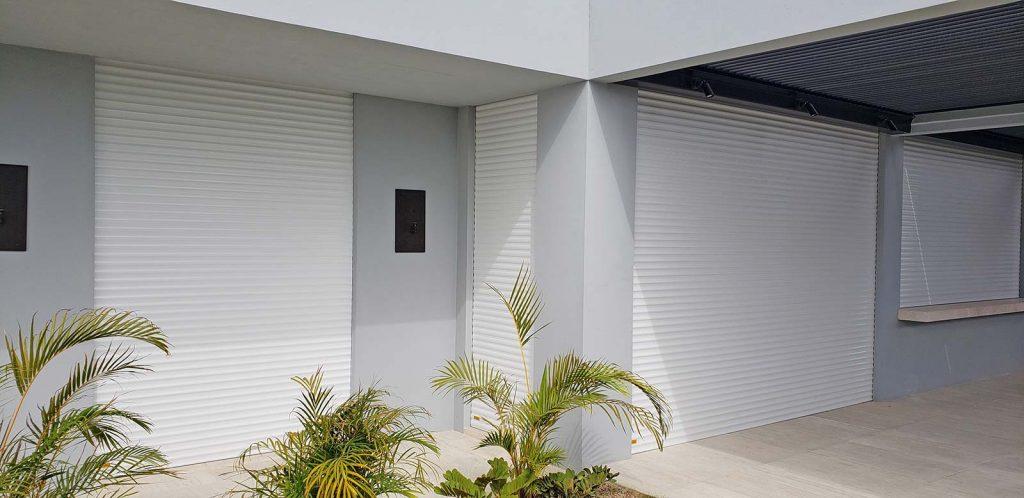 roll-down-shutters-baja-storm-panel-101328-2