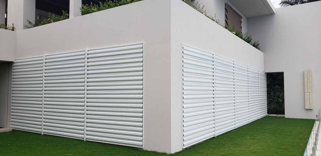 bertha-storm-panels-el-dorado-installed-horizontal-with-removeable-central-post-structure
